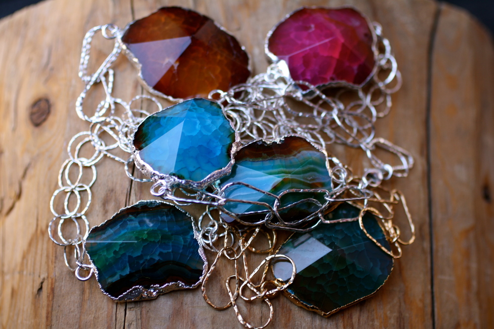 Blue Green-Red-Orange Agate and SS GF Chain Bracelet_02.JPG