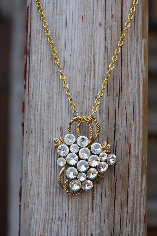 Gold & Rhinestone Grape Brooch & GF Chain - VCON Necklace_03.JPG