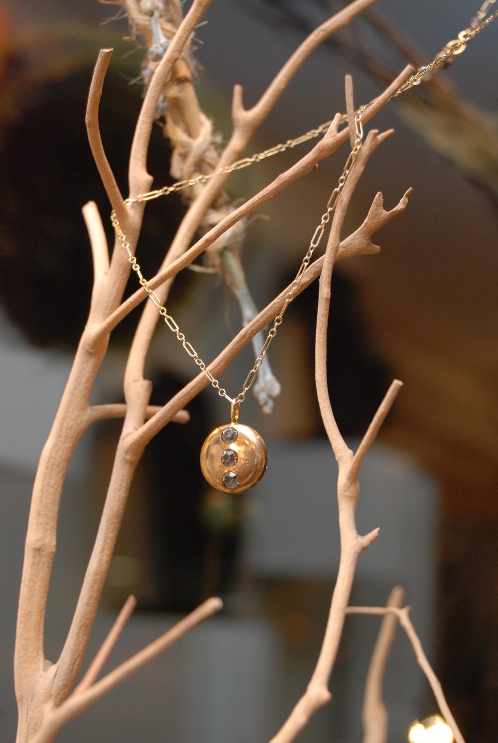 Round Gold Pendant Three Rhinestone GF Vintage Inspired Chain_04.JPG