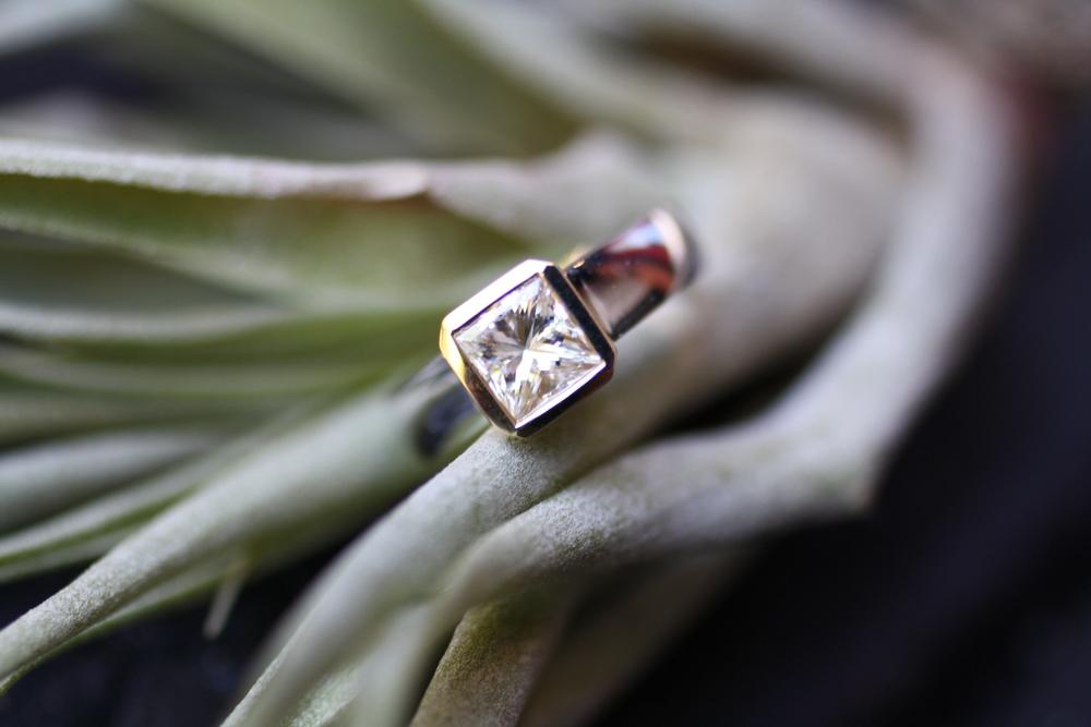 Gold WG Engagement Ring_02.JPG