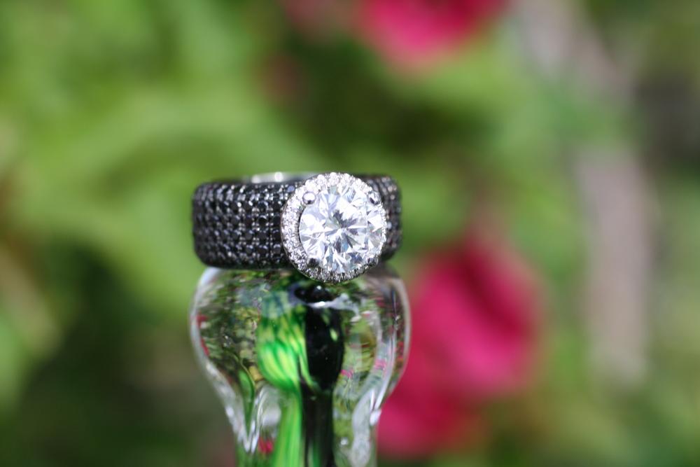 Large Diamond with Black Pave Diamond Band18.JPG
