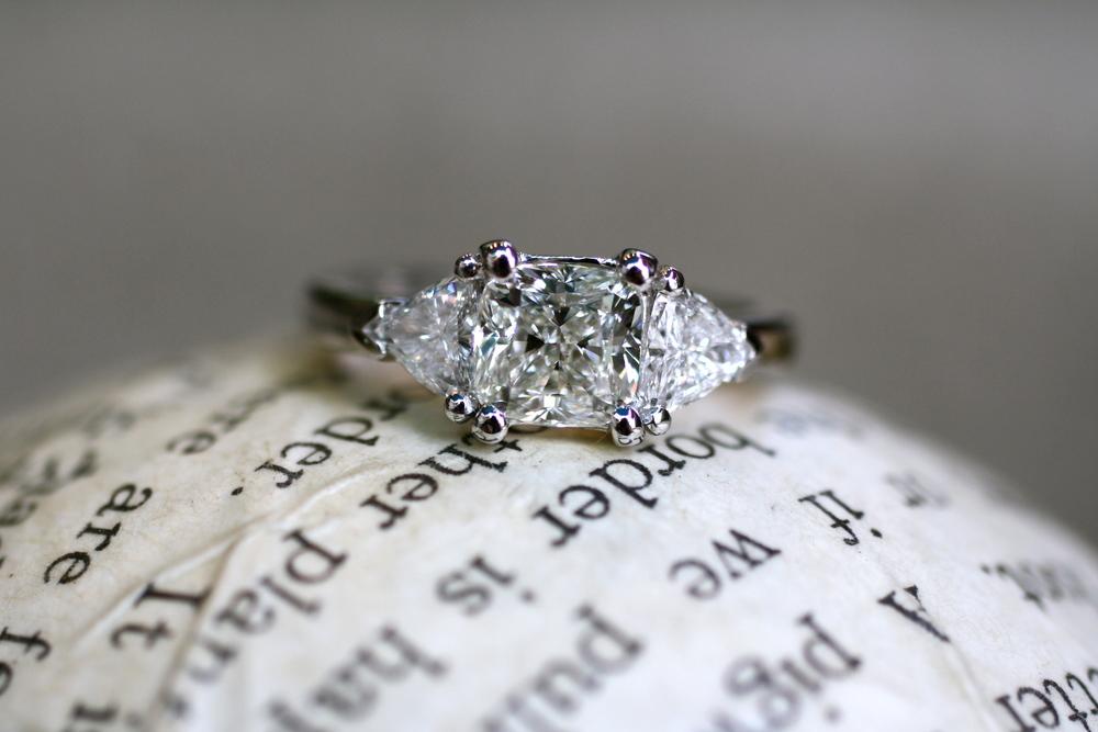 Square Trillion Cut White Diamonds WG Ring_03.JPG