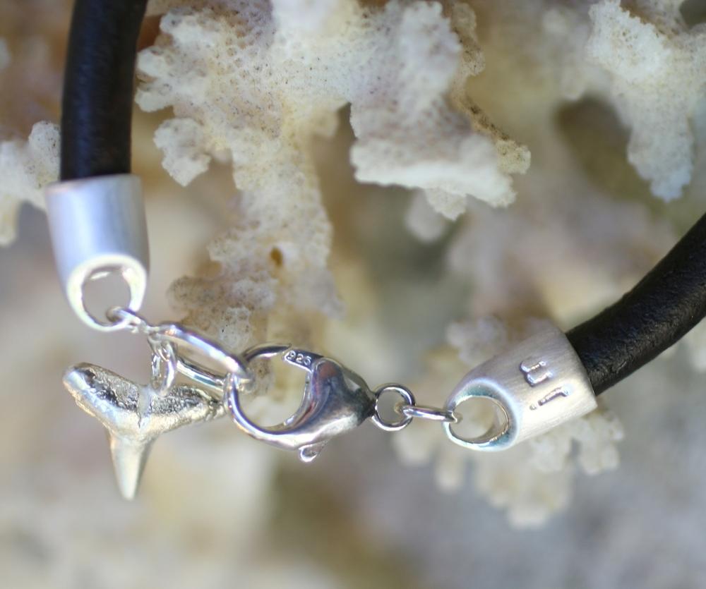Allie & Michael Wedding Party Shark Tooth Bracelets_34.jpg