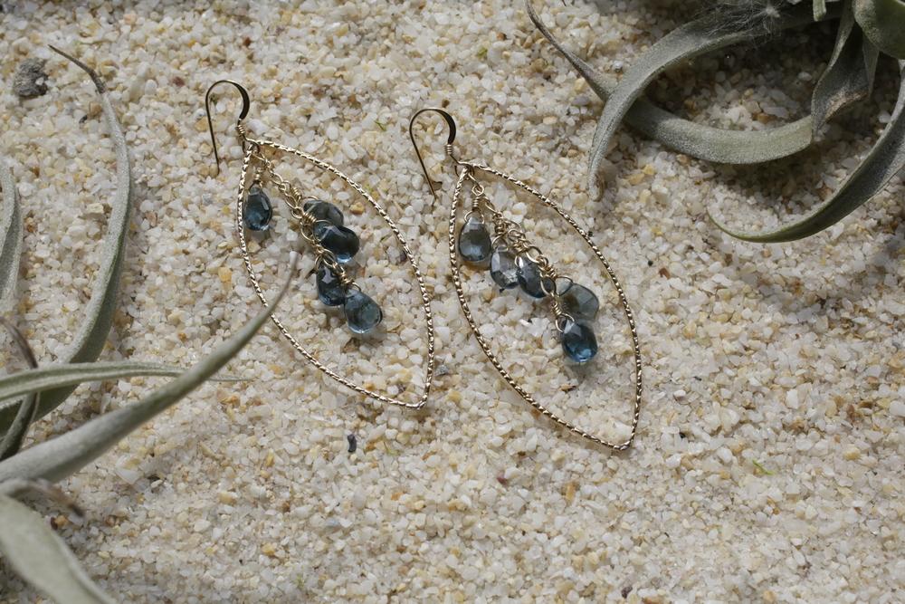 London Blue Topaz 10 Stone Clusters - Hammered Gold Fill Elipse Hoop Earrings_07.JPG