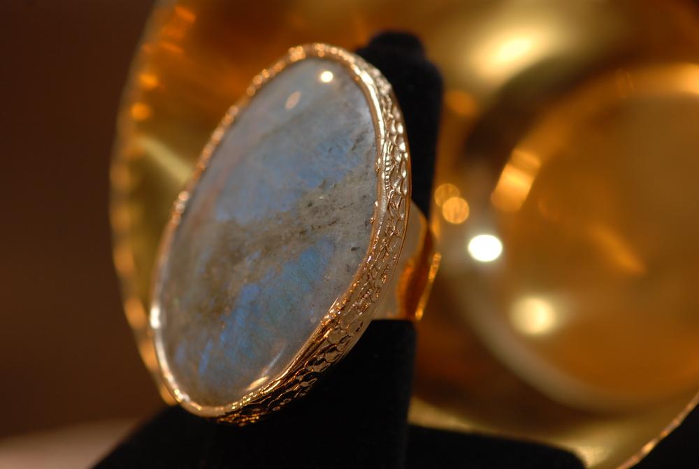 XL Oval Labradorite GPSS Ring_02.JPG