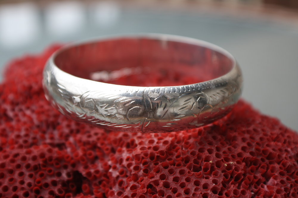 Silver Etched Vintage Bangle_01.JPG