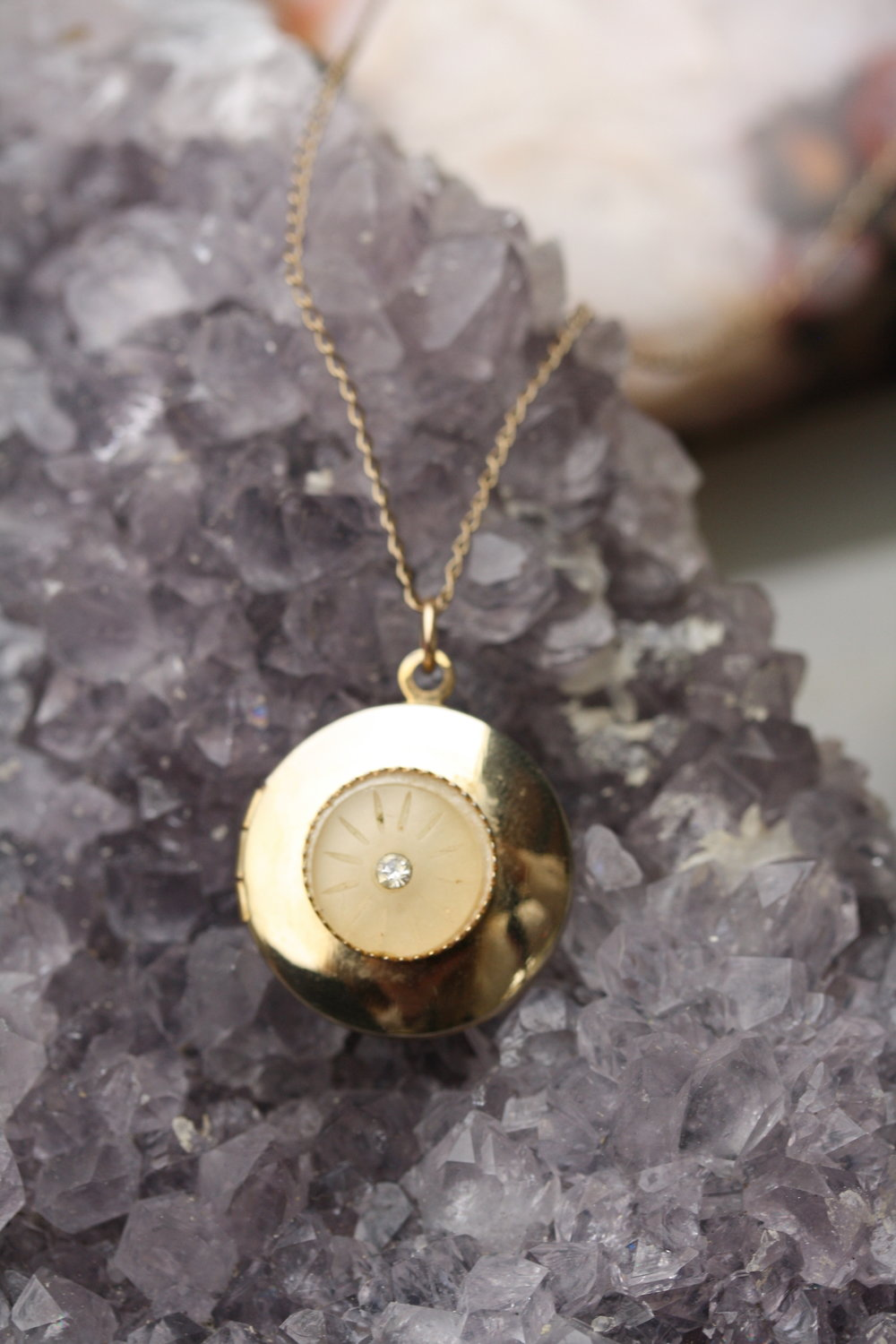 Round Locket with Crystal_02 copy.JPG