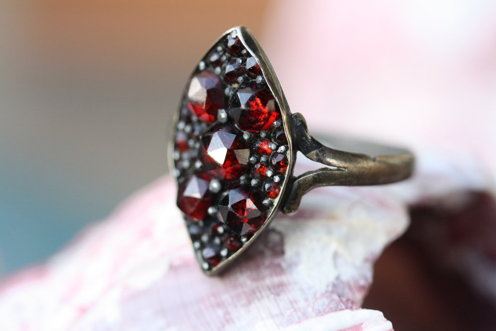 Vintage Ring 40s Czech Glass Red BM_03 copy.JPG