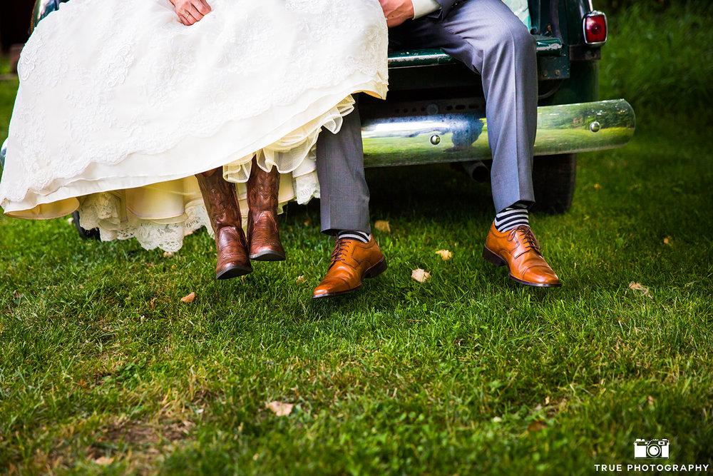 true-photography-lyons-farmette-colorado-wedding-venue-09.jpg
