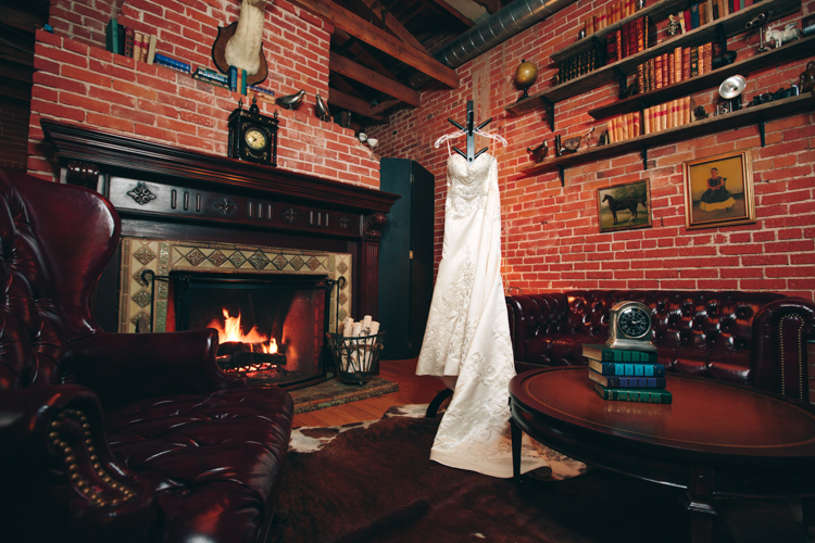Los-Angeles-Wedding-Photographer-Carondelet-House__1.jpg