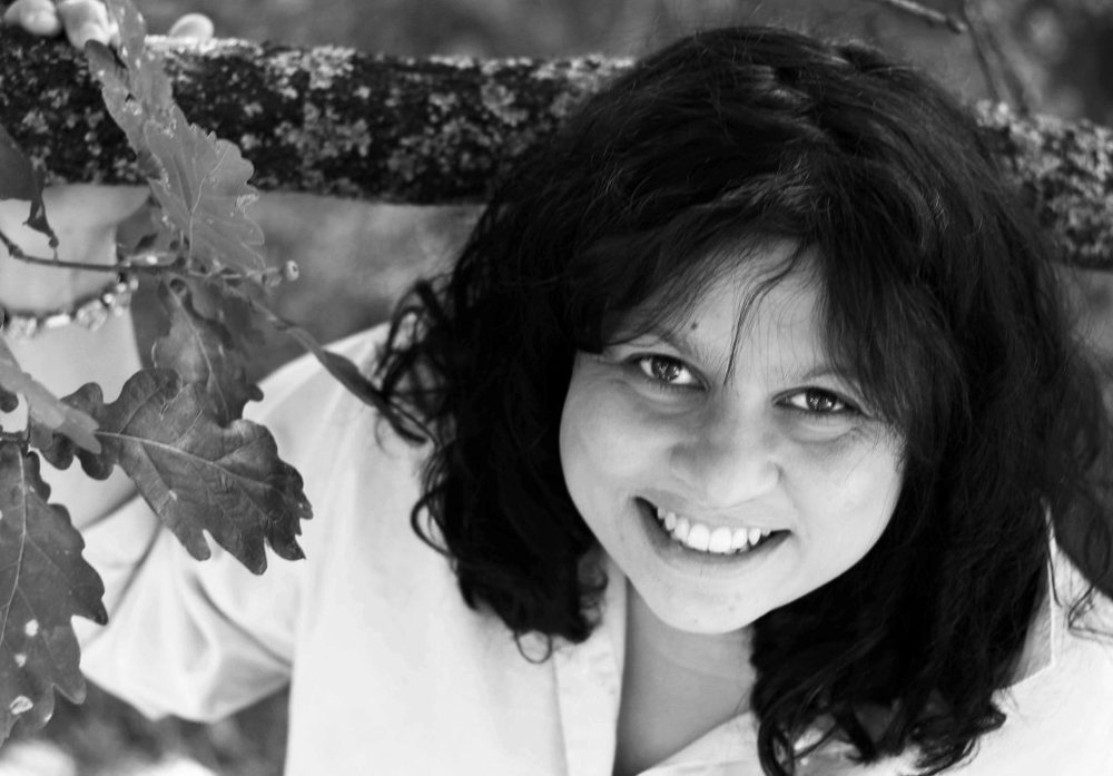 Sulari Gentill, author of the Rowland Sinclair series, will  visit Tasmania 3 to 5 March .