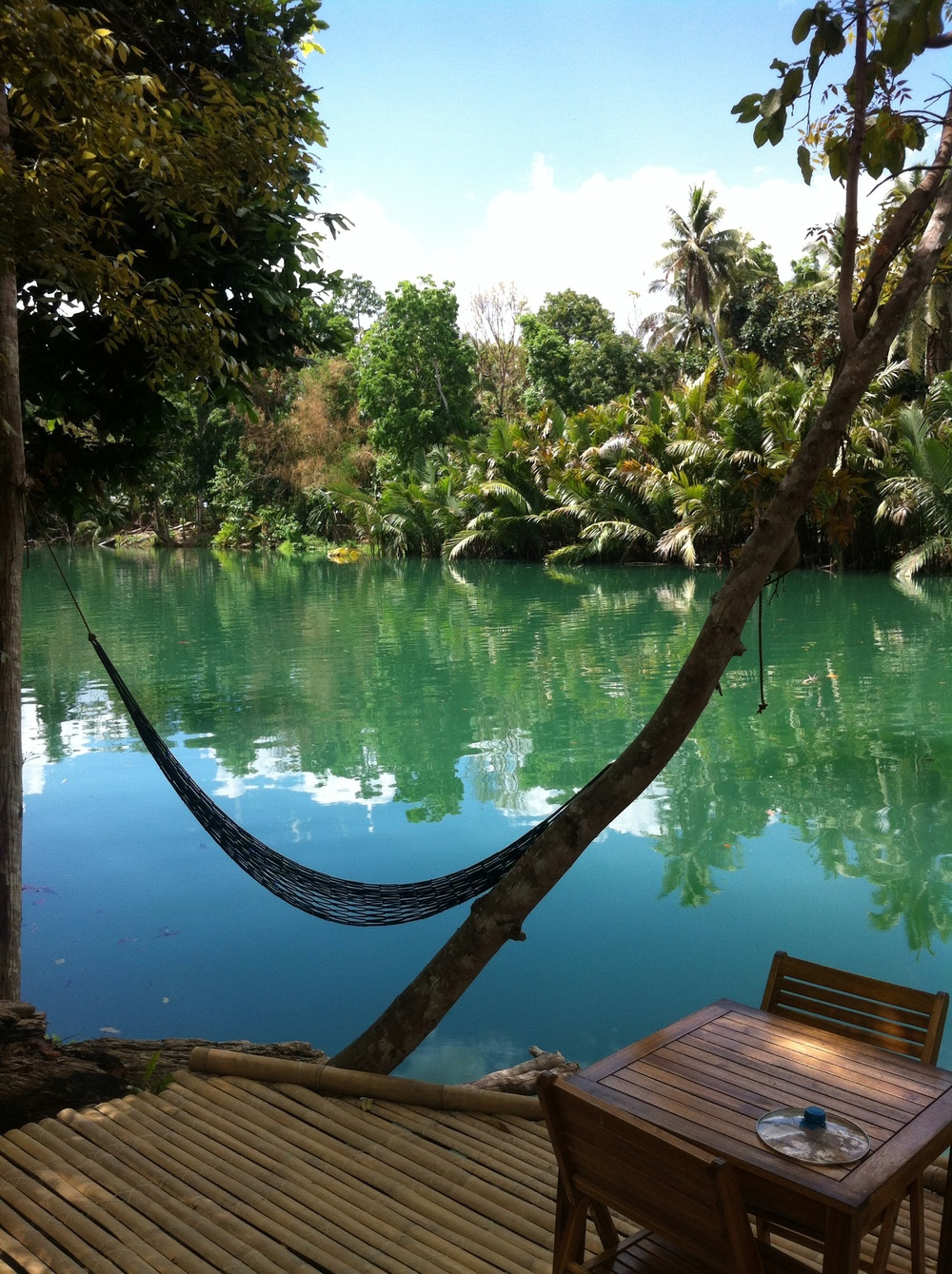 Relax in nature by the Loboc river