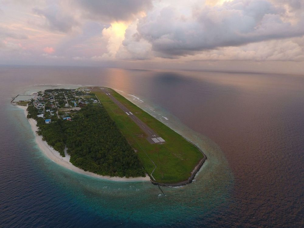 Aerial view of Dharavandhoo island, Baa Atoll. Photo Credit: Ken Wong