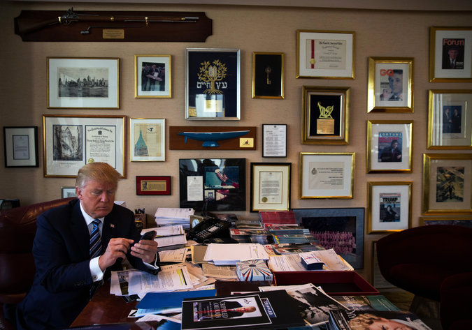 Donald Trump using Twitter on his Samsung Galaxy.