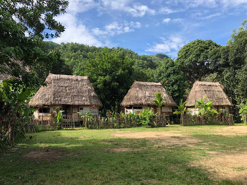 huts-1000x750.jpg