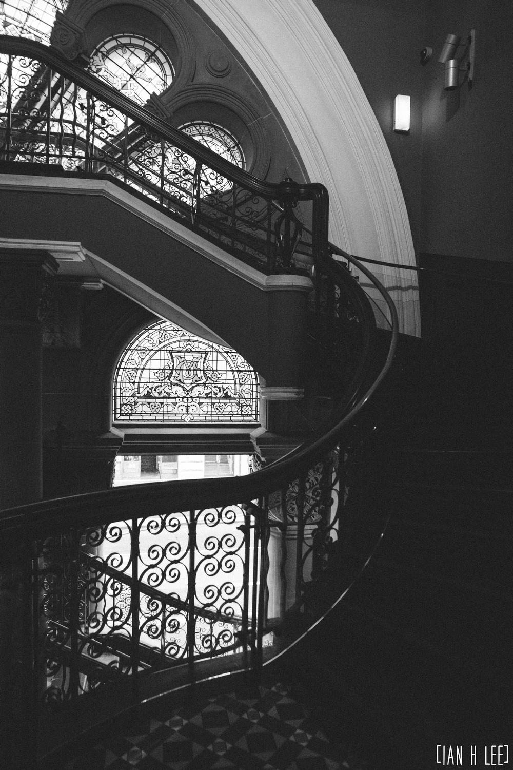 [Ian H Lee] Photography || Travel - Sydney :: QVB Stairs Art.jpg