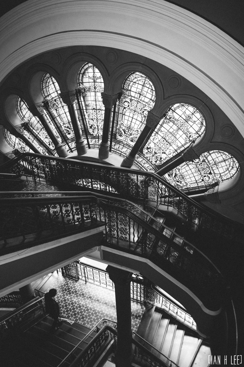 [Ian H Lee] Photography || Travel - Sydney :: QVB Stairs Portrait.jpg