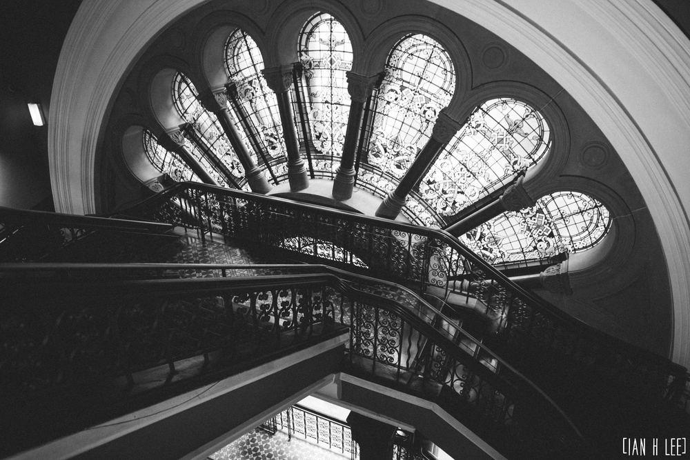 [Ian H Lee] Photography || Travel - Sydney :: QVB Stairs.jpg