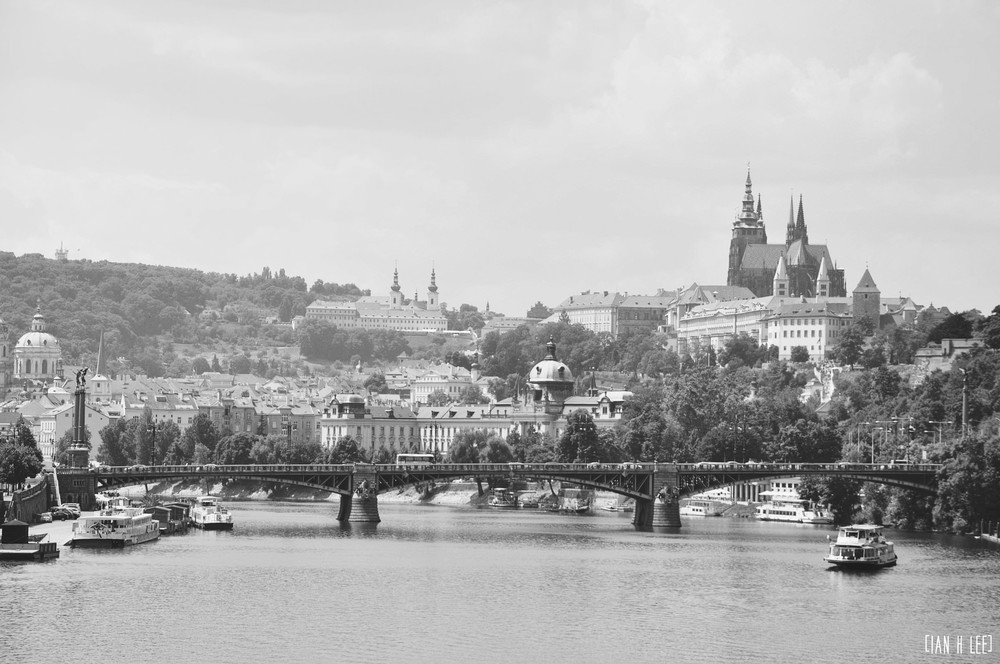 [Ian H Lee] Photography || Travel - Prague :: The Prague Scene.jpg
