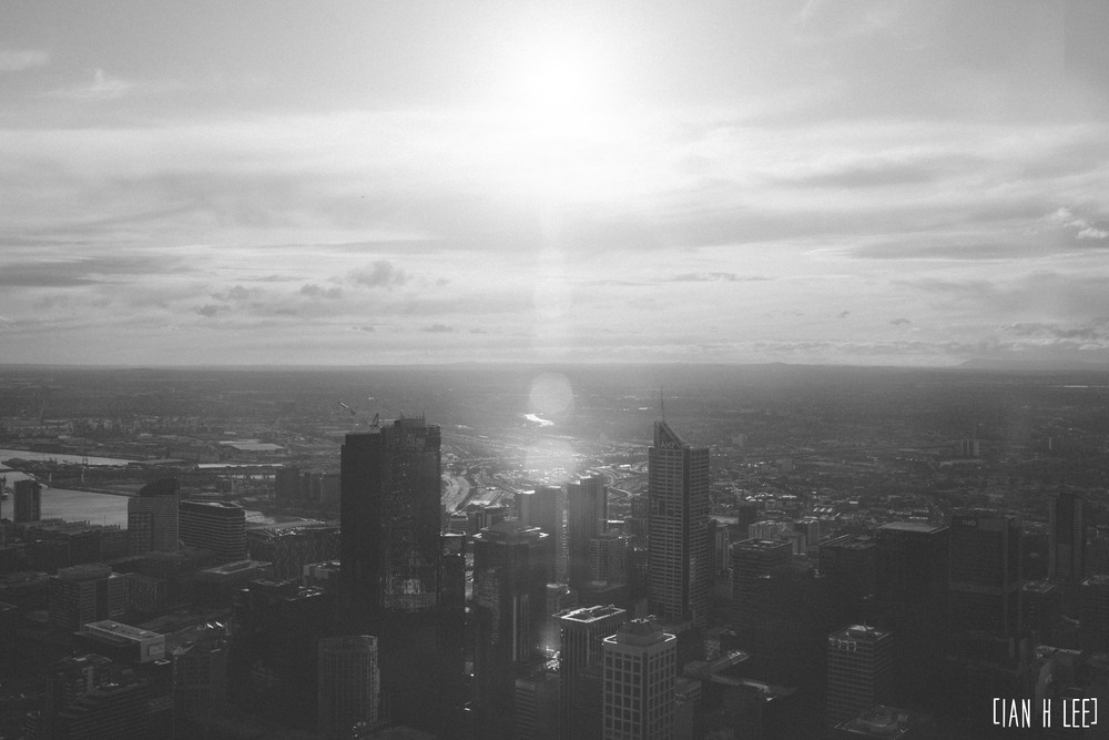 [Ian H Lee] Photography || Travel - Melbourne :: Sun Over Melbourne BW.jpg