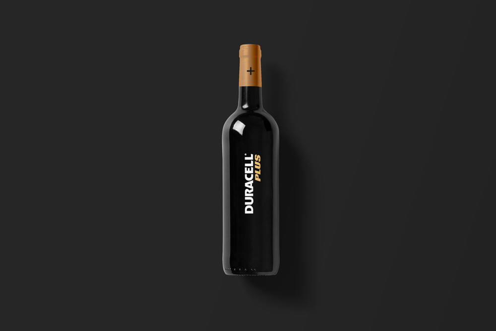 Wine-Bottle-Mockup_duracell.jpg