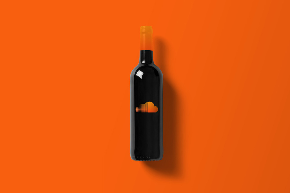 Wine-Bottle-Mockup_souindlcoud.jpg