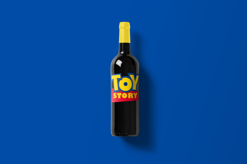 Wine-Bottle-Mockup_toy.jpg