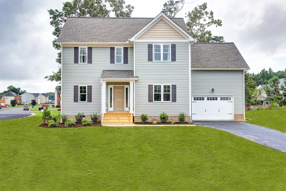 1409 Neblett Ct-4 with grass.jpg