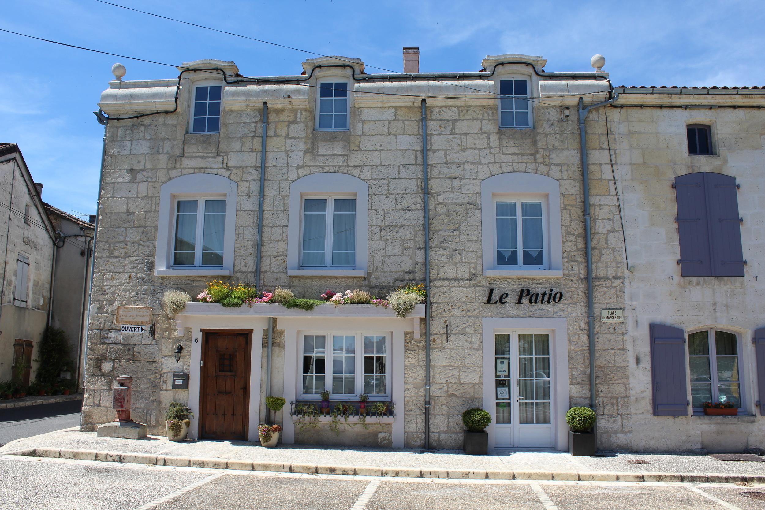 Le Patio Chambres d H´tesLe Patio Chambres d Hotes Dordogne