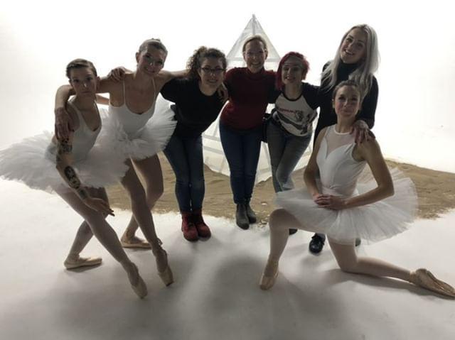 Kathy, myself, Madeleine (pyramid builder), Kate, Hayley (pyramid builder), Ashleigh, Lindsay)