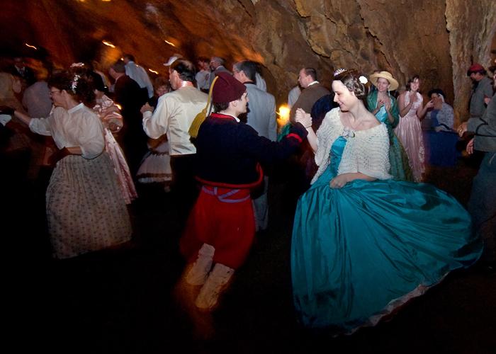 simplicity-voip-grand-caverns-virginia-dance
