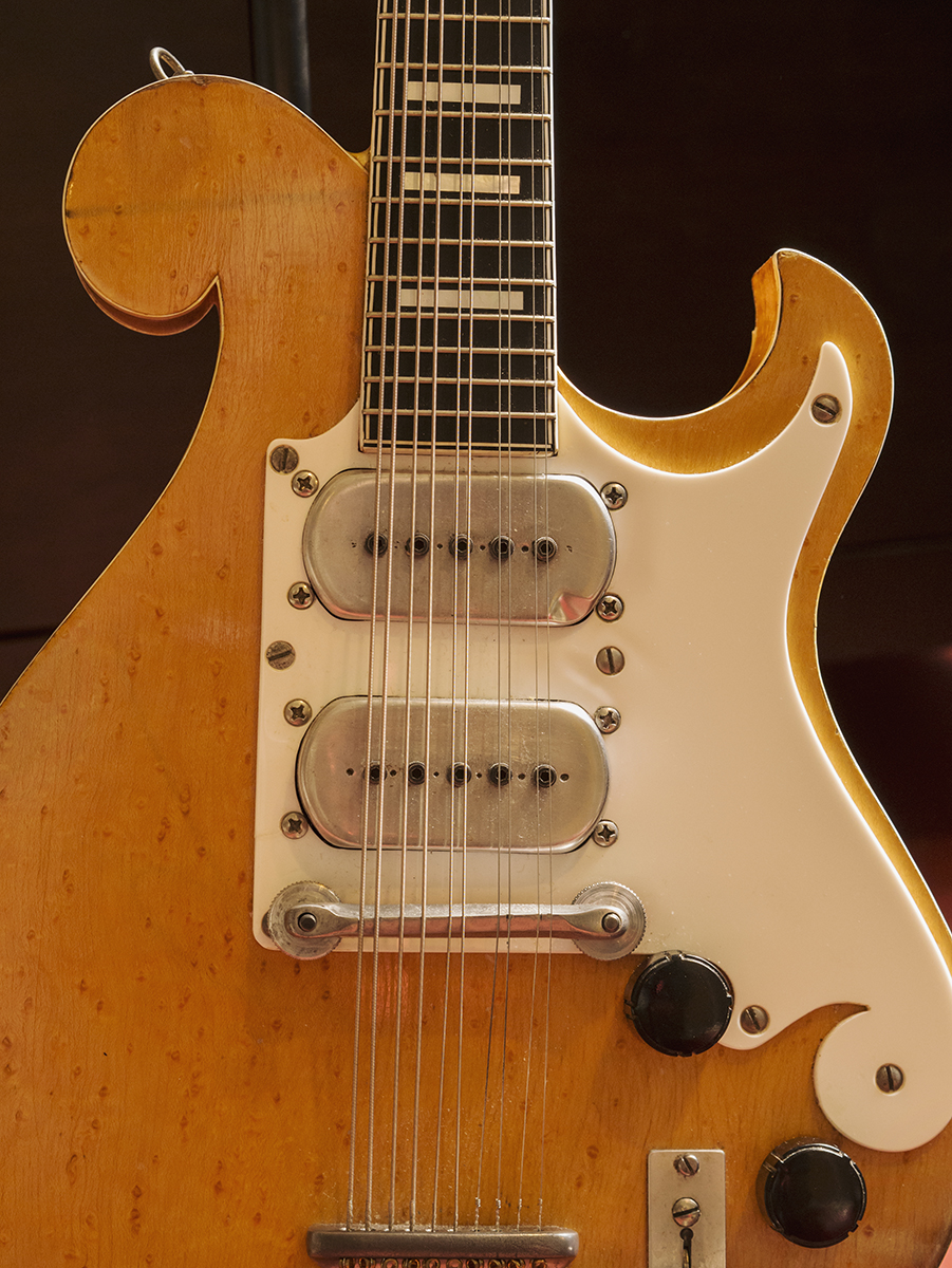 Bigsby Close-up.jpg