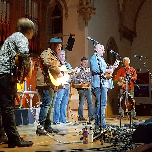 A fantastic night of music in Portland, Oregon, with Frank Solivan & Dirty Kitchen along with Rob Ickes and Trey Hensley.