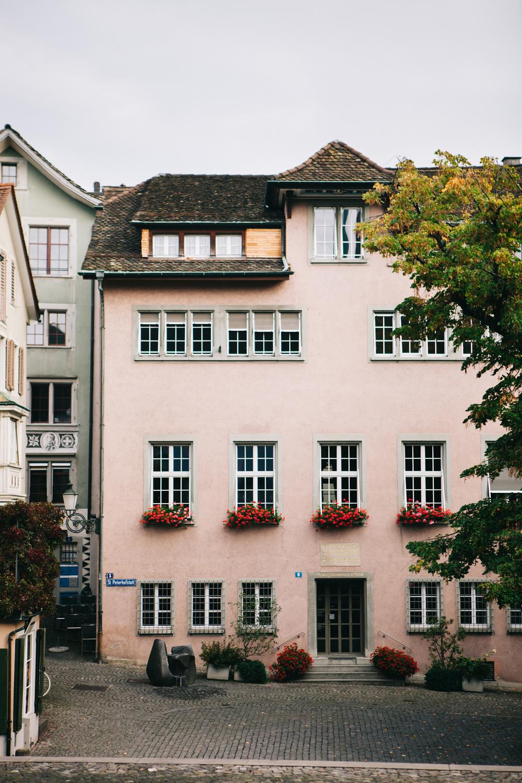 CindyGiovagnoli_Zurich_Switzerland-006.jpg