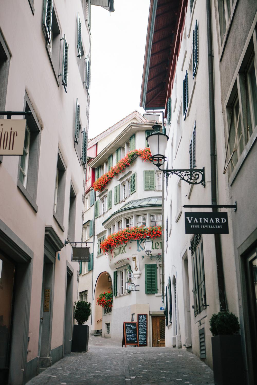 CindyGiovagnoli_Zurich_Switzerland-007.jpg
