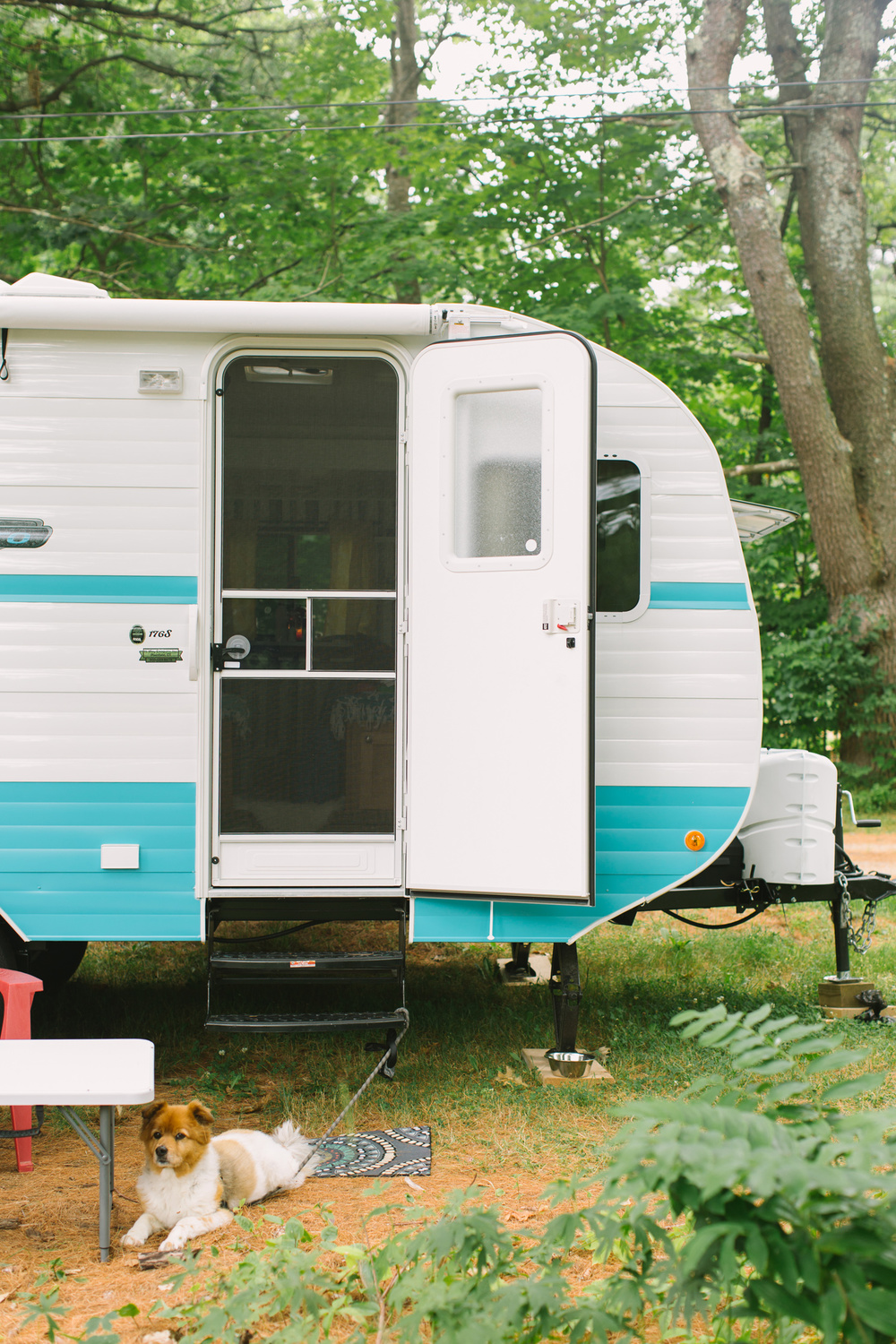 CindyGiovagnoli_CamperRenovation_VintageCamper_Trailer_Reno-001.jpg