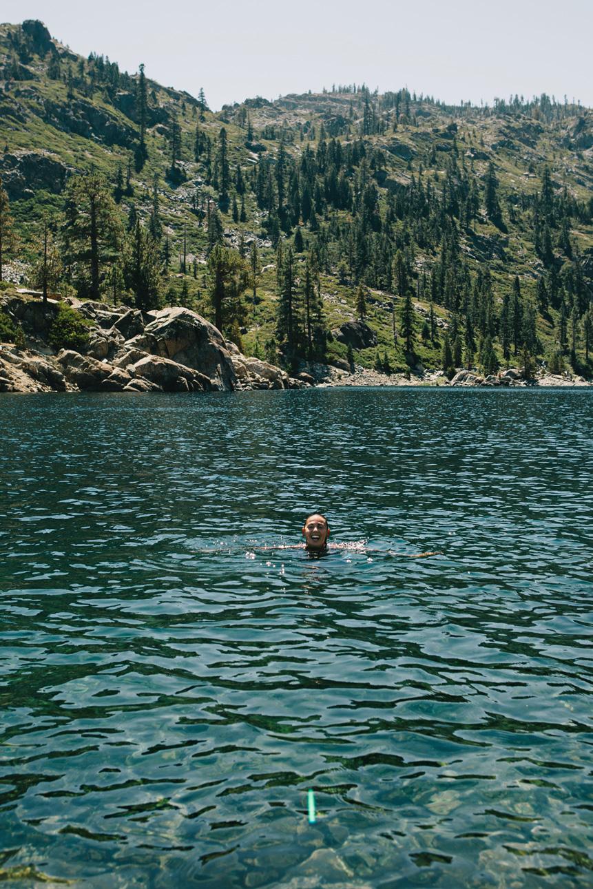 CindyGiovagnoli_SierraNevadaMountains_UpperSardineLake_SierraButte_alpine_lake_California-004.jpg