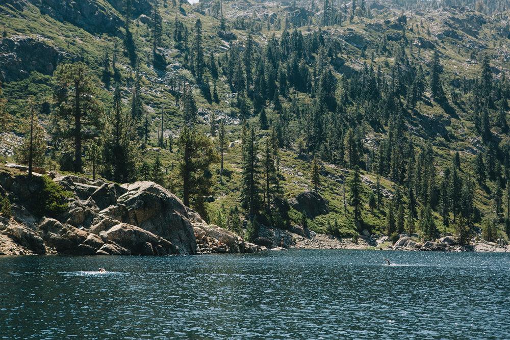 CindyGiovagnoli_SierraNevadaMountains_UpperSardineLake_SierraButte_alpine_lake_California-007.jpg