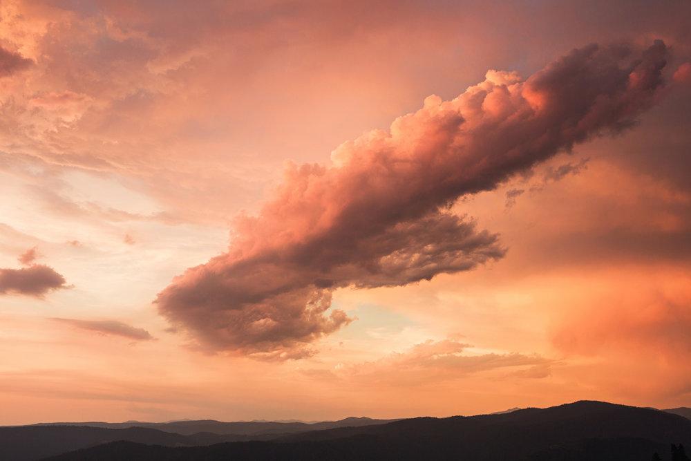 CindyGiovagnoli_California_Nevada_photographer_NevadaCity_PerseidMeteorShower_StampedeReservoir_truck_camping_VirginiaCity_MarkTwain_sunset-016.jpg