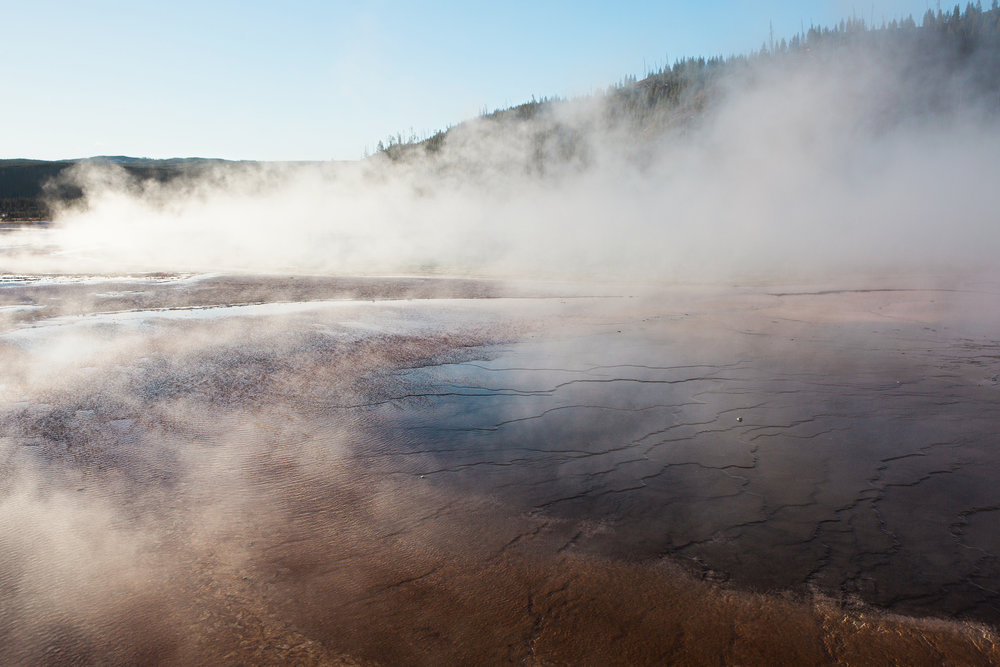 CindyGiovagnoli_road_trip_Yellowstone_National_Park_Montana_Wyoming_hot_springs_geyser_Old_Faithful_Grand_Prismatic-020.jpg