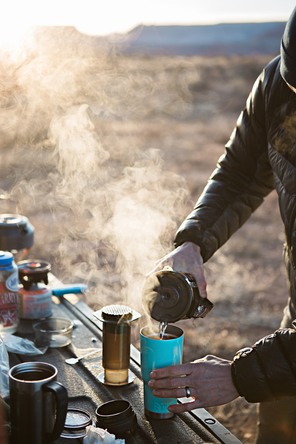 CindyGiovagnoli_Utah_Zion_desert_night_morning_coffee_blm_land_off_grid-008.jpg