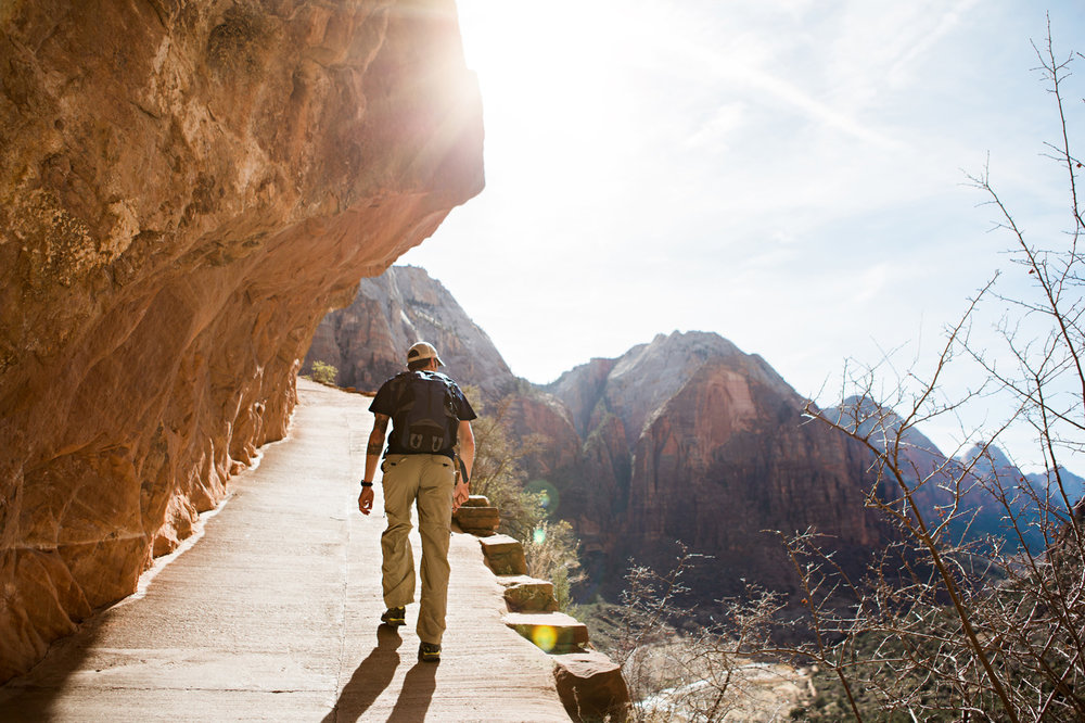 CindyGiovagnoli_Utah_Zion_National_Park_Angels_Landing_hike-002.jpg