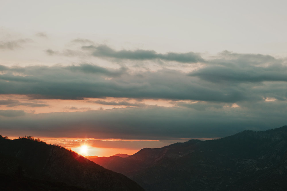 CindyGiovagnoli_Kings_Canyon_National_Park_hike_firetower_lookout_sunset-024.jpg