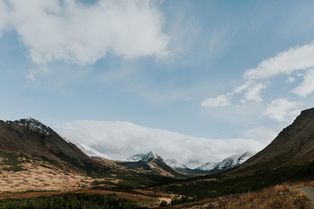 CindyGiovagnoli_Anchorage_Alaska_Flattop_mountain_hike_snocapped-012.jpg