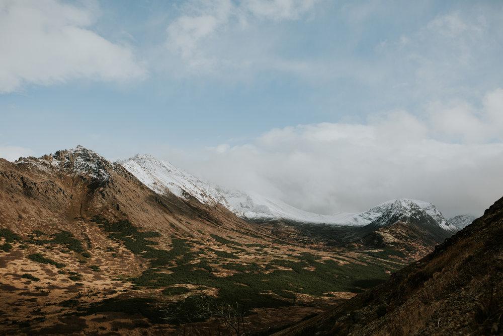 CindyGiovagnoli_Anchorage_Alaska_Flattop_mountain_hike_snocapped-014.jpg