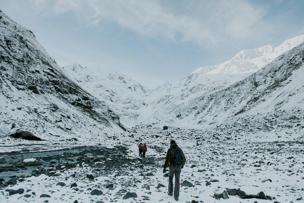 CindyGiovagnoli_hiking_glacier_Anchorage_snow_winter_ByronGlacier_Alaska-003.jpg