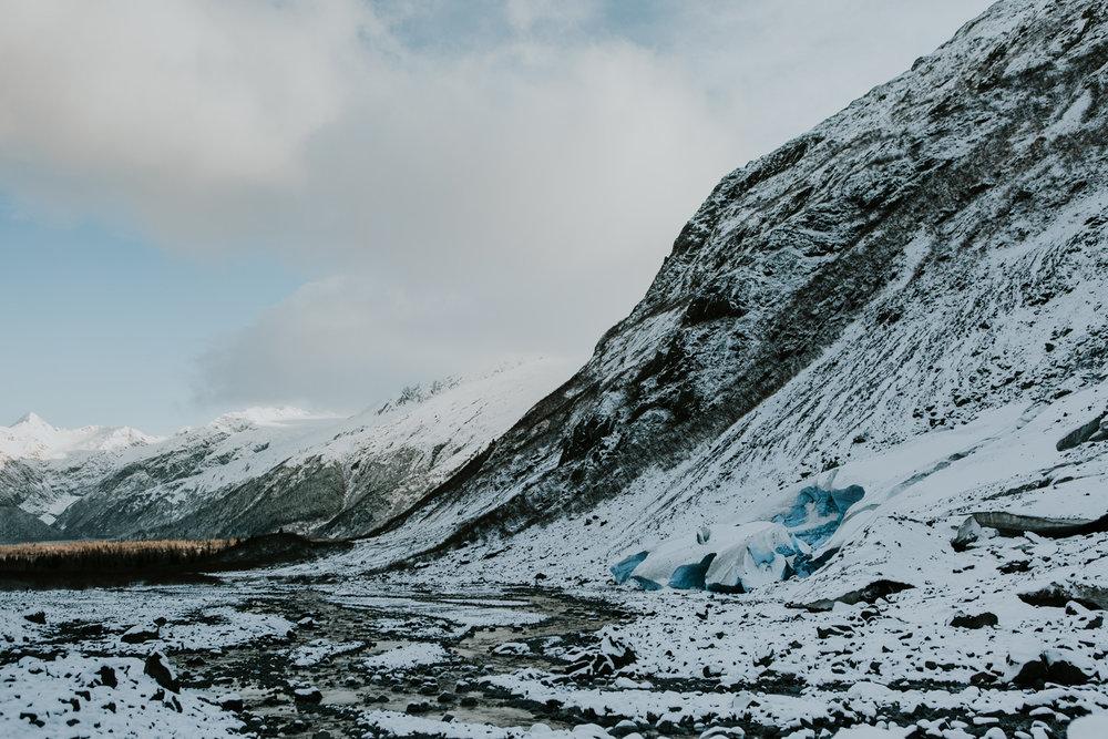 CindyGiovagnoli_hiking_glacier_Anchorage_snow_winter_ByronGlacier_Alaska-011.jpg