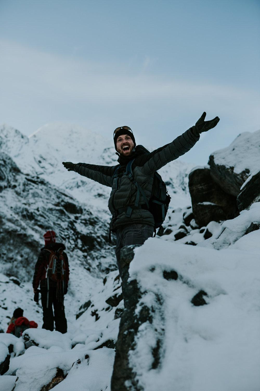 CindyGiovagnoli_hiking_glacier_Anchorage_snow_winter_ByronGlacier_Alaska-020.jpg