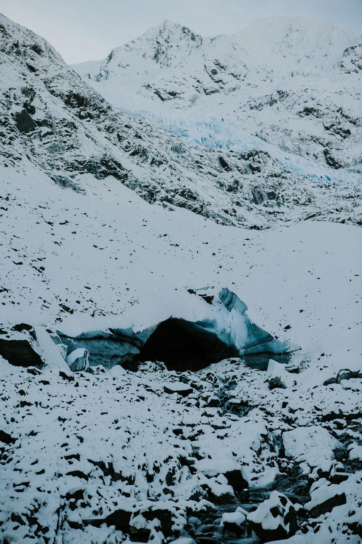 CindyGiovagnoli_hiking_glacier_Anchorage_snow_winter_ByronGlacier_Alaska-036.jpg