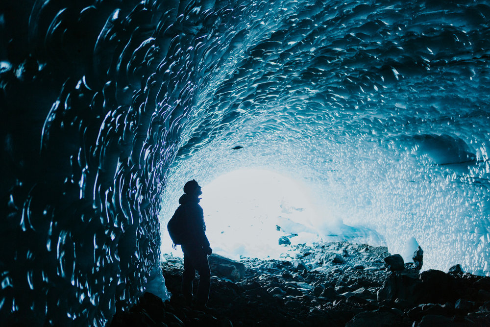 CindyGiovagnoli_hiking_glacier_Anchorage_snow_winter_ByronGlacier_Alaska-047.jpg